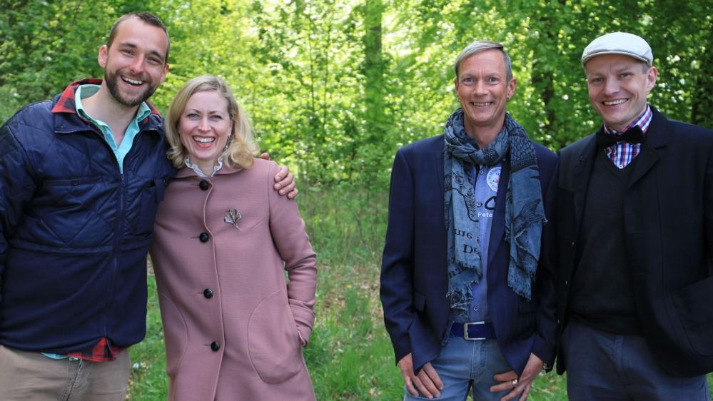 Søllerød Loppemarked - Loppe Deluxe - TV-shows - Underholdning - Programmer - TV 2 PLAY - serier ...